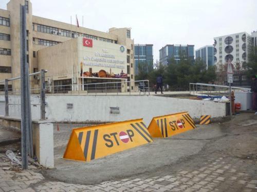 road-blocker-68